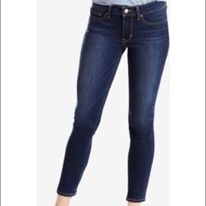 Levi's 711 skinny ankle jeans 26